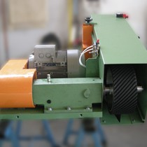 Belt grinders for lathes